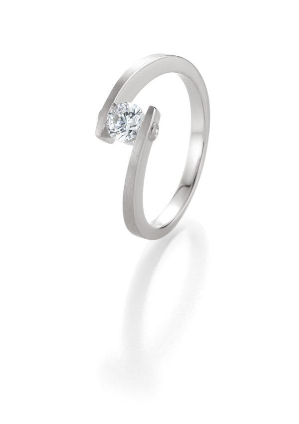Verlobungsring mit Diamant - Geschwungene Spannfassung mit seitlichem Steinbesatz - Breuning - 41/05408 - Weiß