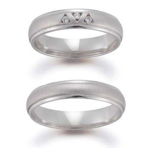 Beide Ringe mit und ohne Brillanten
